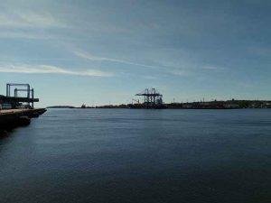 Kranen im Hafen Saint John